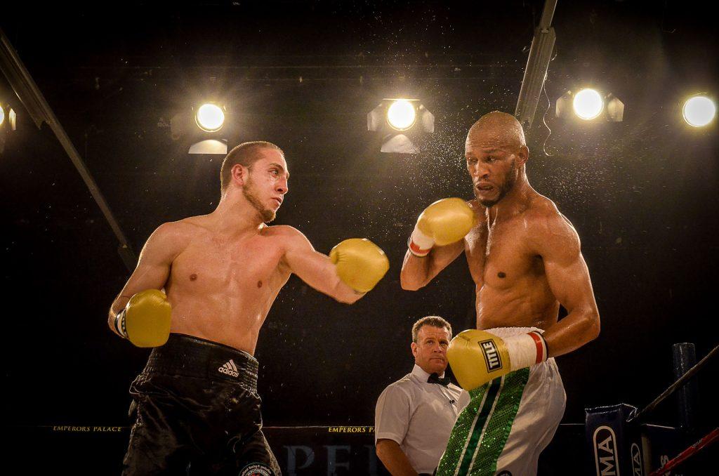 Roman Balaev vs Ali Funeke pic Alex van der Westhuizen