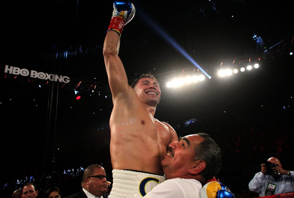 "---   Photo Credit : Chris Farina -  K2 Promotions  Golovkin stops Wade In the 2nd round -- April 23, 2016 , Los Angeles, Ca. ---   Boxing Superstar and Unified World Middleweight Champion Gennady ""GGG"" Golovkin, 34-0 (31KO's) and  Undefeated Mandatory Challenger Dominic Wade, 18-0 (12KO's) Saturday night.  Boxing Superstar and Undefeated, Unified World Middleweight Champion Gennady, ""GGG"" Golovkin, 34-0 (31KO's) will defend his titles (WBA, IBF, IBO and WBC ""Interim') against Undefeated Mandatory Challenger Dominic Wade, 18-0 (12KO's) on Saturday, April 23 at the Fabulous Forum in the main event at UNDEFEATED.  Co-featured will be Consensus #1 Pound-For-Pound Fighter and WBC Flyweight World Champion Roman ""Chocolatito"" Gonzalez, 44-0 (38KO's) battling World Ranked Contender McWilliams Arroyo, 16-2 (14KO's) of Puerto Rico.  Both bouts will be televised Live on HBO World Championship Boxing® beginning at 10:00 p.m. ET/7:00 p.m. PT. Golovkin vs. Wade is promoted by K2 Promotions, GGG Promotions and in association with TGB Promotions. Gonzalez vs. McWilliams is presented by K2 Promotions in association with Teiken Promotions and PR Best Boxing Promotions."
