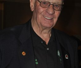 Photo of Len Hunt