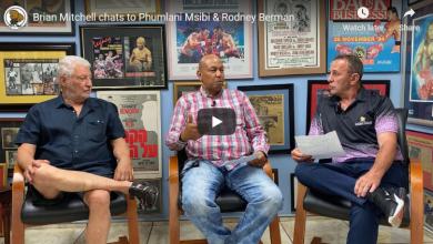Photo of Brian Mitchell chats to Phumlani Msibi & Rodney Berman